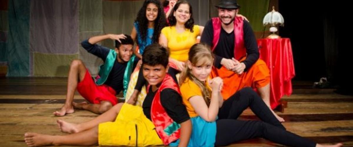"""""""Chapeuzinho Vermelho Em Família"""" Entra Em Cartaz No Teatro Ednaldo Egypto"""